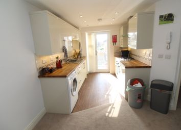 Thumbnail 2 bed flat to rent in Rhymney Terrace, Cathays, Cardiff