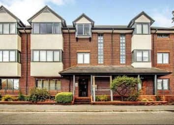 Thumbnail 1 bed flat to rent in Globe House, West Byfleet