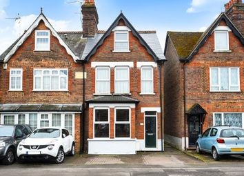 Thumbnail 3 bedroom town house for sale in Amersham, Buckinghamshire