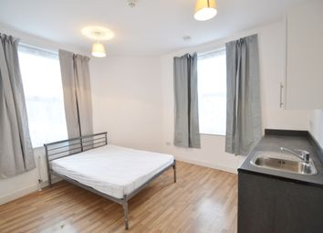 Thumbnail 1 bed flat to rent in Plantagenet Road, Barnet