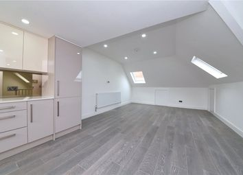 Finchley Road, London NW11. 1 bed flat