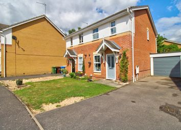 Tarn Close, Farnborough GU14. 2 bed semi-detached house
