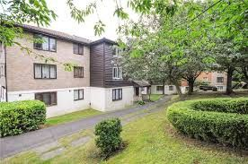 Thumbnail 1 bed flat to rent in Fairbairn Close, Purley
