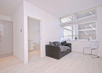 Thumbnail 3 bed flat to rent in Newington Causeway, Borough