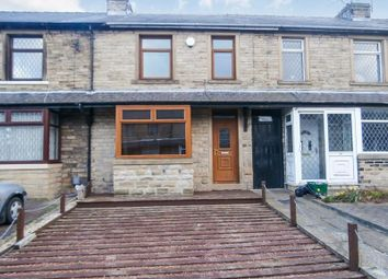Thumbnail 3 bed terraced house to rent in Knowle Avenue, Moldgreen, Huddersfield