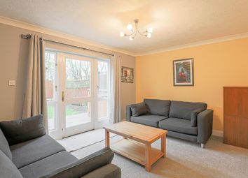 2 bed terraced house to rent in Hainton Close, Shadwell, London E1