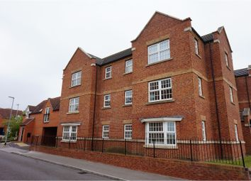 Thumbnail 2 bed flat for sale in Fulmen Close, Lincoln