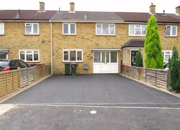 Thumbnail 3 bed property to rent in Beeches Crescent, Crawley