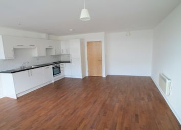 Thumbnail 2 bedroom flat to rent in Station Road, Redhill