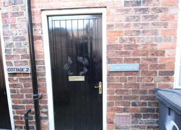 Thumbnail 2 bedroom cottage to rent in Fleetgate, Barton-Upon-Humber