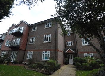 Thumbnail 2 bed flat to rent in Thornton Road, Potters Bar
