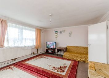 Thumbnail 3 bed flat for sale in Commerce Road, Wood Green