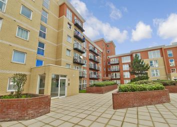 Monarch Way, Newbury Park, Ilford, Essex IG2. 2 bed flat
