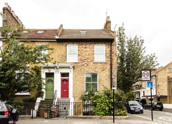 Thumbnail 3 bedroom flat to rent in Graham Road, London