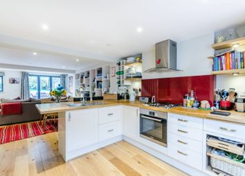 2 bed maisonette for sale in Dalyell Road, Clapham North SW9