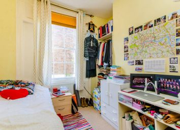 Thumbnail 3 bed flat to rent in Remington Street, Angel