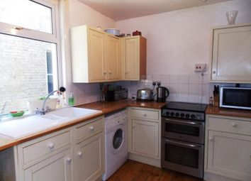 Thumbnail 2 bed flat to rent in Woodland Hill, London