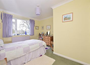 Thumbnail 2 bed flat for sale in Alderfield, Petersfield, Hampshire