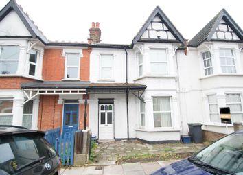 Thumbnail 2 bed flat for sale in Fleetwood Avenue, Westcliff-On-Sea