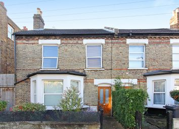 Thumbnail Studio to rent in Angles Road, Streatham
