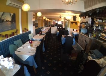 Thumbnail Restaurant/cafe to let in High Street, Potters Bar, Herts