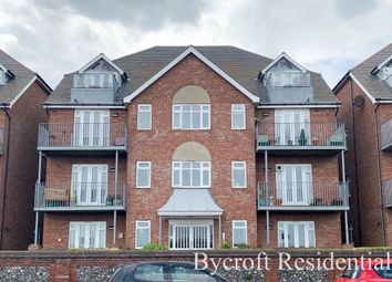 Thumbnail 2 bedroom flat for sale in North Drive, Great Yarmouth