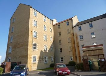 Thumbnail 2 bed flat to rent in Lindsay Road, Edinburgh