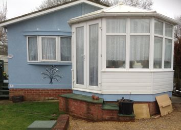 Thumbnail 2 bed mobile/park home for sale in Wire Mead Lane, Andover