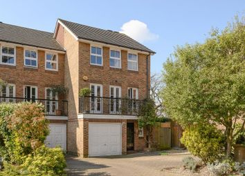Thumbnail 4 bed town house for sale in Dutch Gardens, Kingston Upon Thames