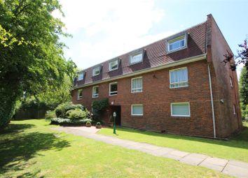 Lakeside Court, Elstree, Borehamwood WD6. 3 bed flat