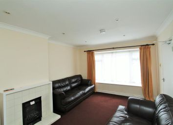 Thumbnail 5 bedroom terraced house to rent in Orchard Mead, Hatfield