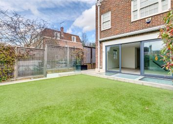 Thumbnail 6 bed property to rent in Abbotsbury Road, London
