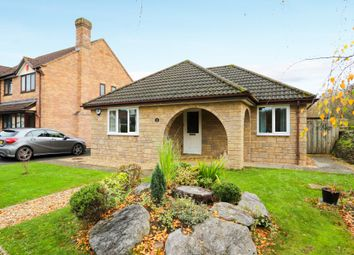 Thumbnail 3 bed detached bungalow for sale in The Oaks, Bovey Tracey, Newton Abbot