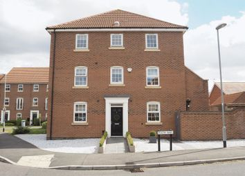 Thumbnail 3 bed town house for sale in Parkhall House, Pach Way, Fernwood