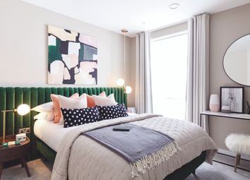 Thumbnail 2 bed flat for sale in Abbey Road Cross, London