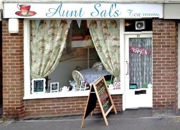 Thumbnail Restaurant/cafe to let in High Street, Albrighton