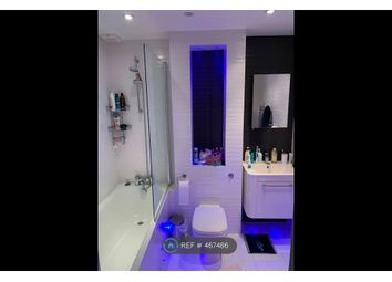 Thumbnail Room to rent in Fulham High Street, London