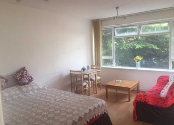 Thumbnail Studio to rent in Beverley Court, Wellington Road South, Hounslow