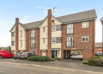 Thumbnail 1 bed flat for sale in Spencers Wood, Berkshire