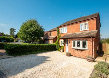Gravett Close, Henley-On-Thames RG9. 3 bed semi-detached house
