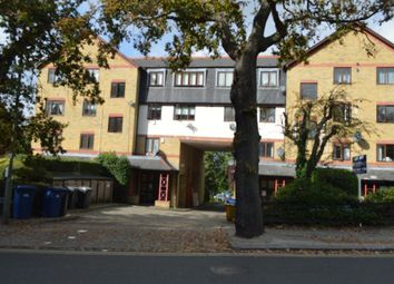 Thumbnail 2 bed flat to rent in 122-124 Nether Street, North Finchley, London
