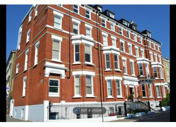 Thumbnail 4 bed flat to rent in Richmond Hill, Richmond