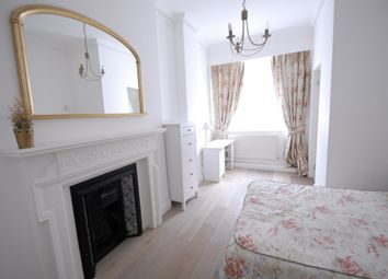 2 Bedrooms Flat to rent in Craven Hill Gardens, London W2