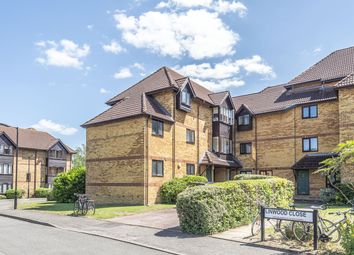 Thumbnail Flat to rent in Linwood Close, London