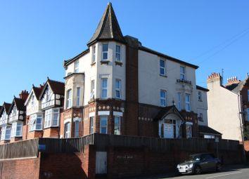 3 bed flat to rent in Sylvan Road, Exeter EX4