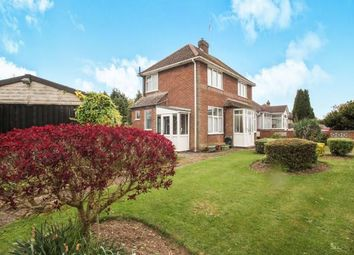 Thumbnail 2 bedroom detached house for sale in Putteridge Road, Luton, Bedfordshire, Luton