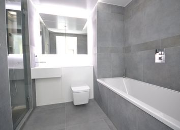 Thumbnail 1 bed flat to rent in Dollar Bay, Canary Wharf