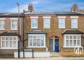 Thumbnail 5 bed property for sale in Rubens Street, London