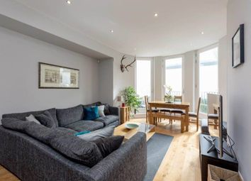 2 bed flat to rent in Broughton Market, New Town, Edinburgh EH3