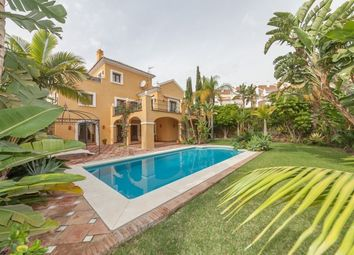 Thumbnail 4 bed villa for sale in Spain, Málaga, Estepona, El Paraiso Alto